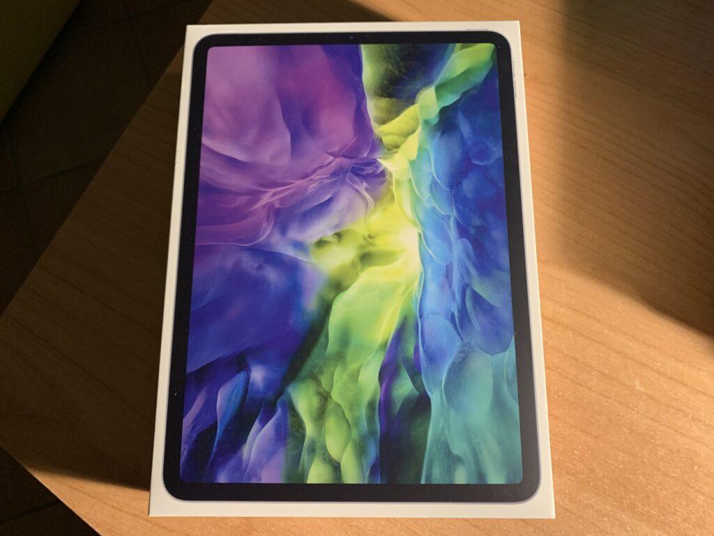 Confezione iPad pro 11 recensione